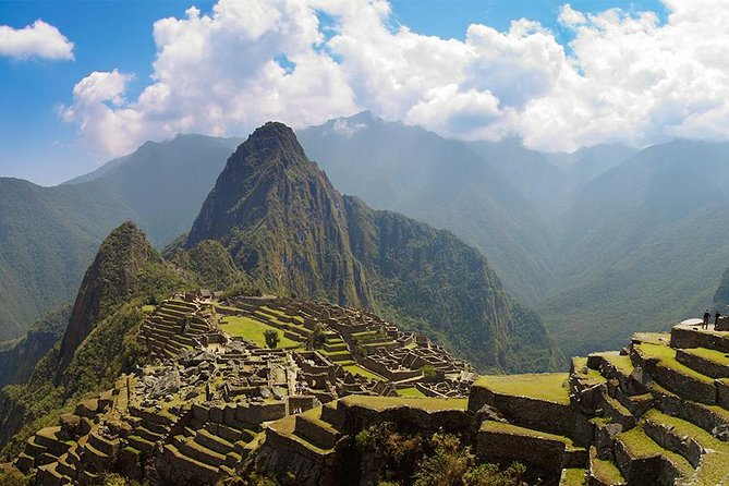 Machu Picchu Tour by Van 2 Days Tour.