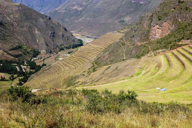 Private Full-Day Sacred Valley Tour with Pisac Ruins