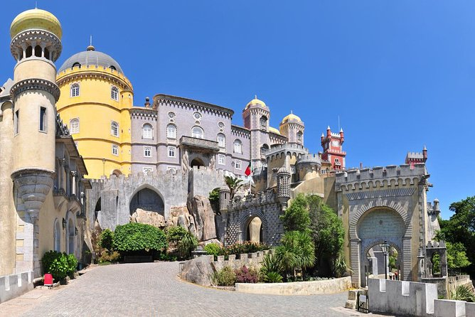 FÁTIMA SANCTUARY + SINTRA - 2 Excellent tours with special prices