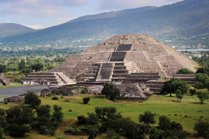 Full-Day Teotihuacan & Basilica Guadalupe Tour