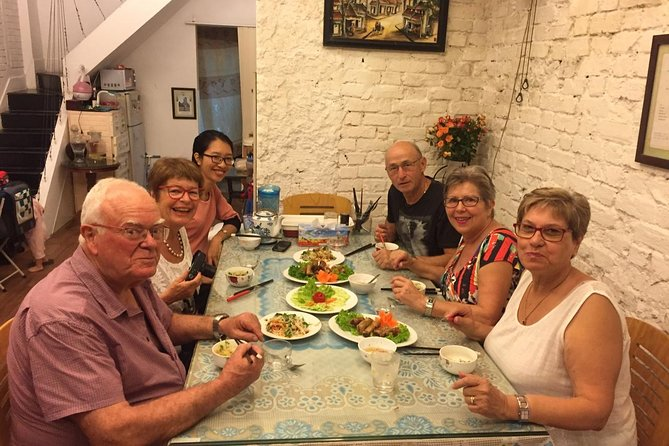 Dinner with a Local Family in Hanoi