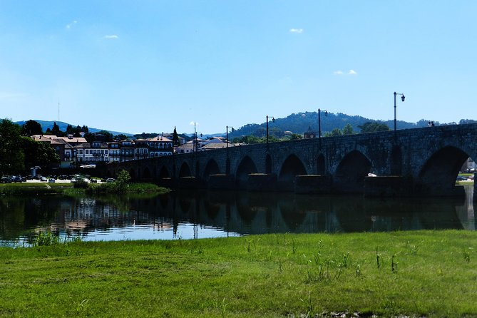 Barcelos and Ponte de Lima Day Trip with Lunch From Braga-Guimarães