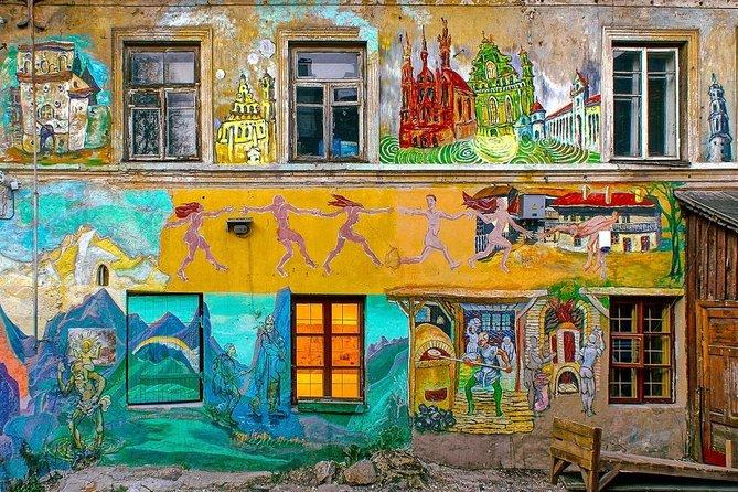 """Private Bike Tour """"Vilnius City Contrasts"""""""