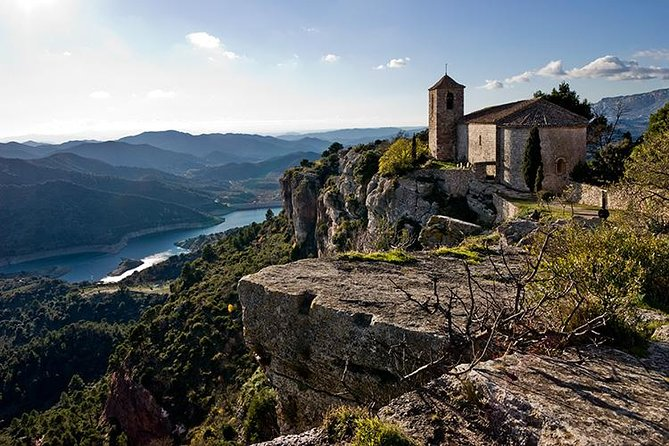 Private Tour to Siurana and Montsant area from Barcelona