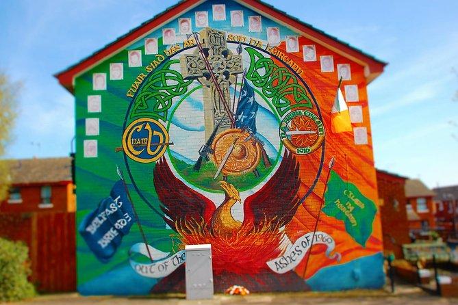 THE REAL Black Taxi TOUR Irish History Murals,Peacewalls,Belfast 2 hours