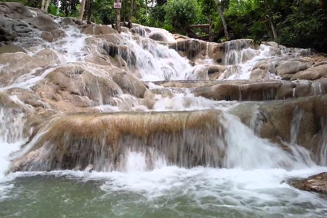 Dunn's River Falls Tour from Lucea photo 3