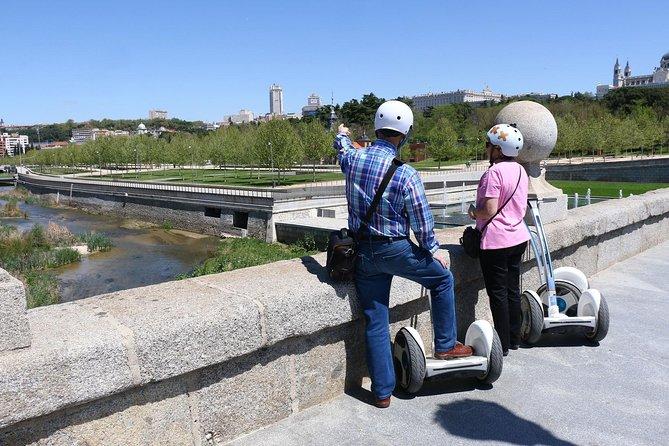 Madrid River & Casa de Campo Segway Tour (90 minuten + training)