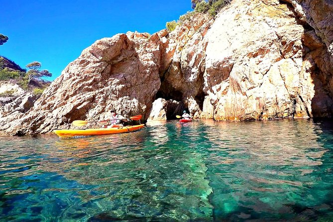 Kayak and trekking through the wonderful Costa Brava