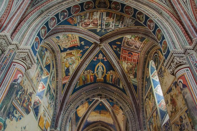 Walking tour Galatina, outstanding, mind-blowing Giottesque frescoes in Puglia