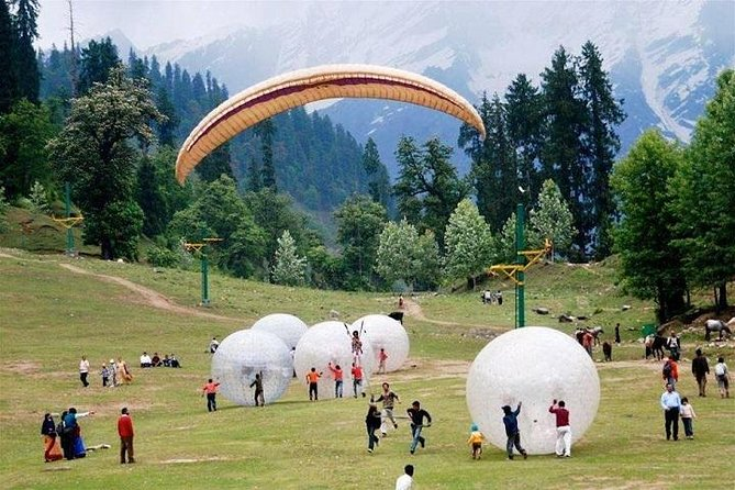 Private Manali tour with Trekking from Delhi