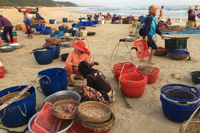 Discover Tam Thanh Mural Fishing Village And Stay At Jack Tran's Beach House photo 2