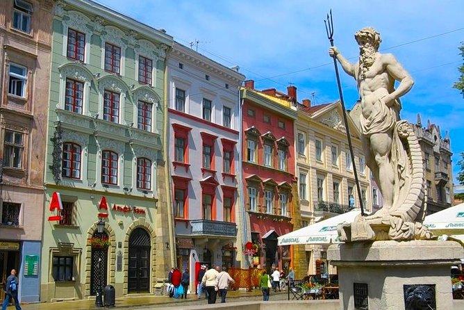 Excursión a pie en grupos pequeños de la ciudad vieja de Lviv