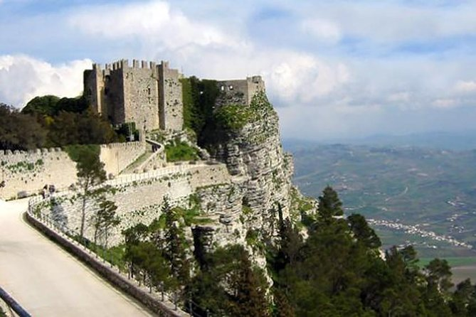 BIKE TOUR - Erice: One of the most beautiful medieval villages of Italy
