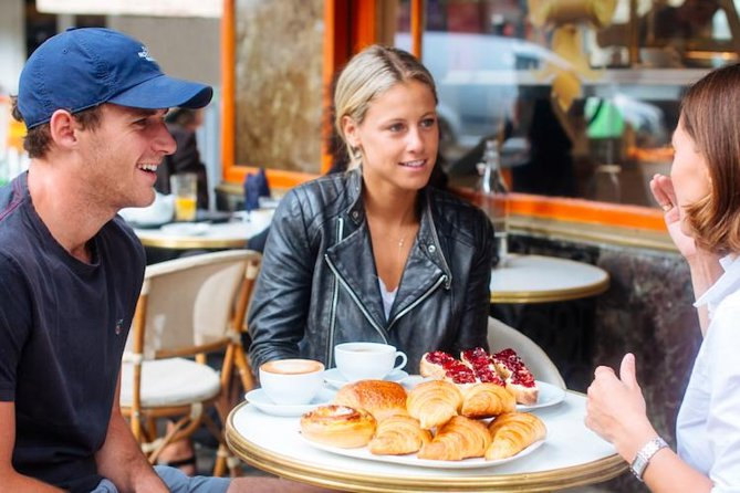 Walking Tour with Breakfast: Legends of Old Paris