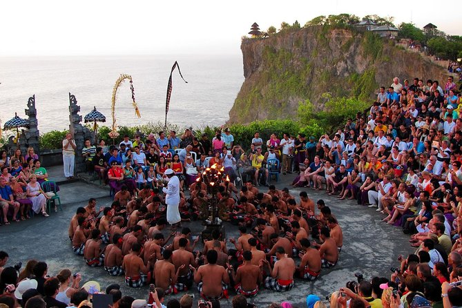 Uluwatu Sunset with Kecak Firedance and Jimbaran Dinner