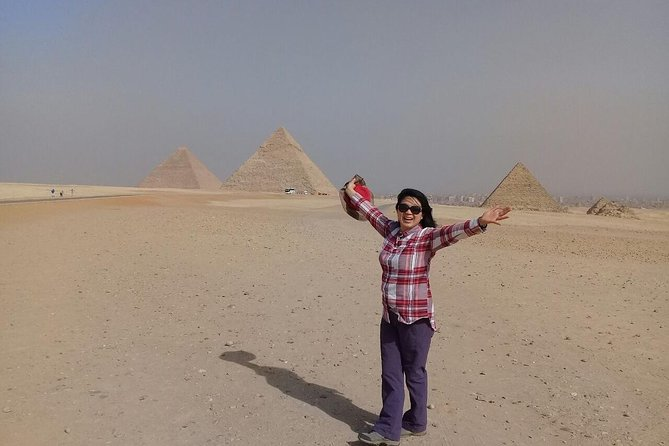 Guided Tour to Giza Pyramids, Sphinx, Sakkara, and Memphis photo 2