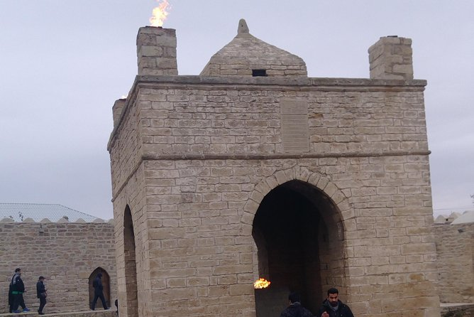 Day-Tour Visiting Zoroastrian Temple and Burning Mountain From Baku
