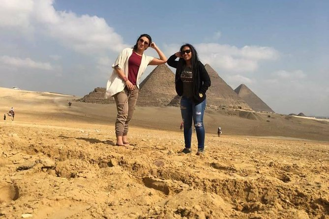 Hurghada: Full-Day Trip to Cairo museum and giza pyramids by Bus