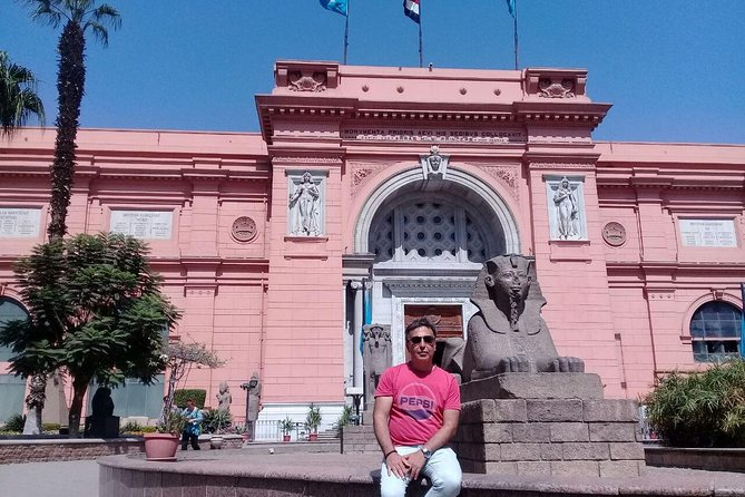 Private 8-Hour Tour to Giza Pyramids and Egyptian Museum from Cairo photo 8
