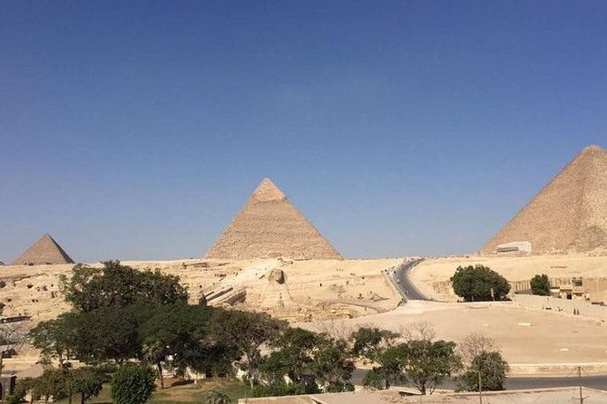 tour half-day to Giza pyramids sphinx and valley temple from cairo giza hotels photo 3