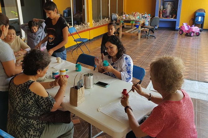 Half-Day Alebrijes Carving and Painting Workshop in San Martin from Oaxaca photo 4