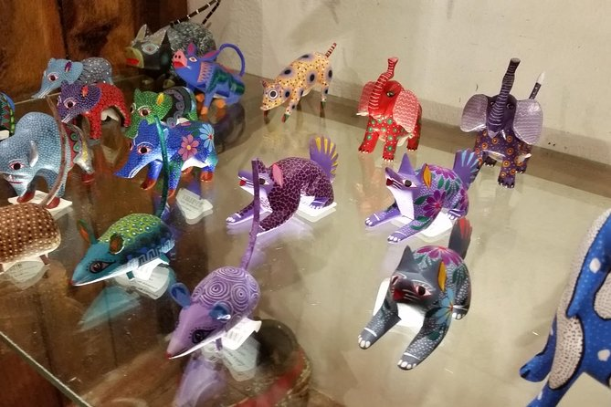 Half-Day Alebrijes Carving and Painting Workshop in San Martin from Oaxaca photo 9