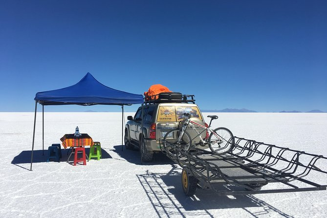 2 Days bicycle tour on the salt flat.