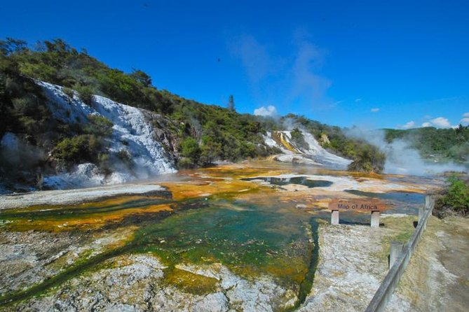 Rotorua Geothermal Wonders and Waikato River Jet Boat Ride