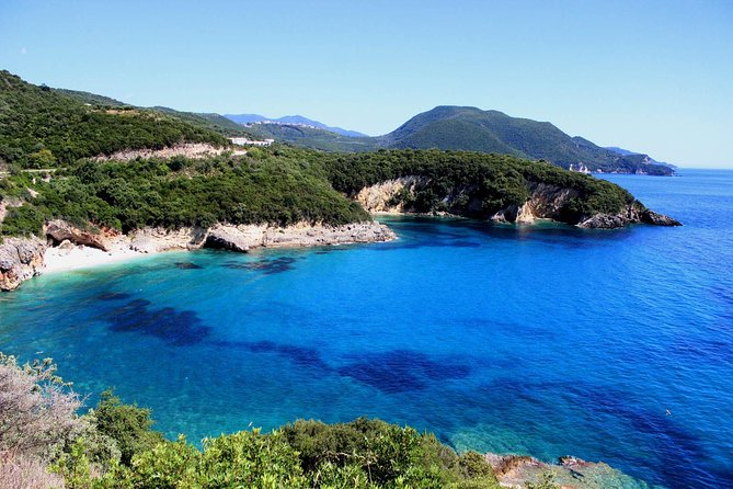 Kayaking round Syvoita islands