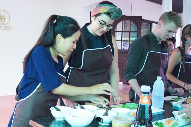Half-morning Class Lanna Smile Thai Cooking, Chiang Mai, Thailand
