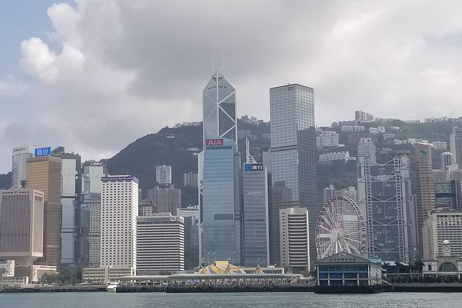 Afternoon Victoria Harbour Cruise including unlimited drinks