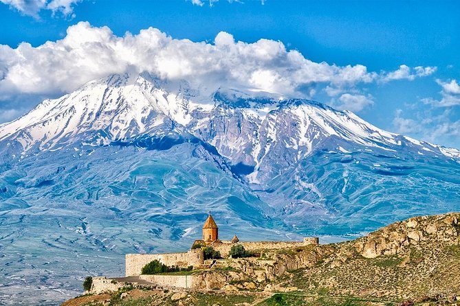 Private tour to Khor Virap and Noravank monasteries and Areni winery