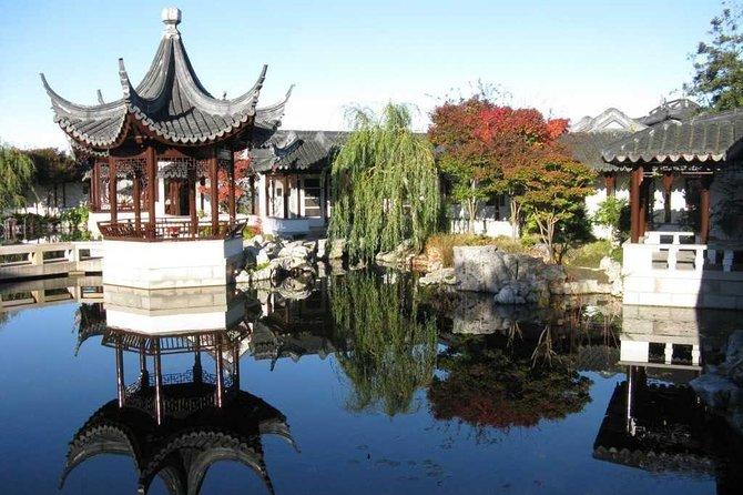 things to do in dunedin nz | take a tour of dunedin botanic garden