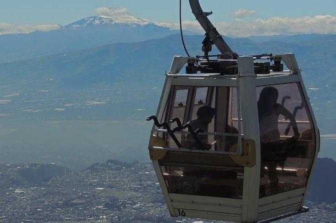 Dia Inteiro no Meio do Mundo, Teleférico e City Tour em Quito