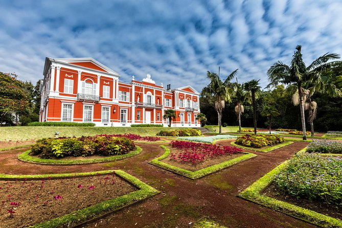 Best of Ponta Delgada Walking Tour with Botanical Garden