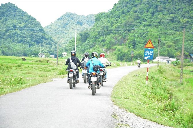 14 Days Hanoi to Saigon Motorbike Tour via Ho Chi Minh Trail photo 1