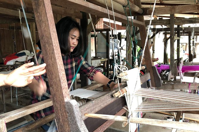 Chiang Mai : Weaving Experience in a Local Village