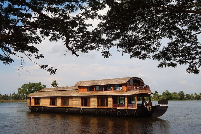 Day Cruise in a Houseboat and Heritage Tour of Kochi