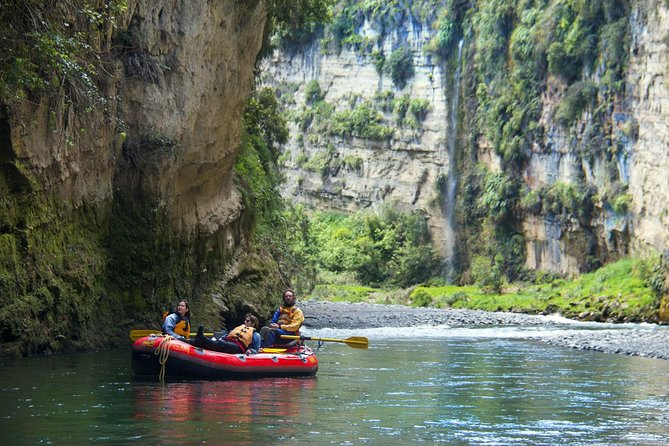 The Awesome Scenic Rafting Adventure - Full Day Rafting on the Rangitikei River photo 6