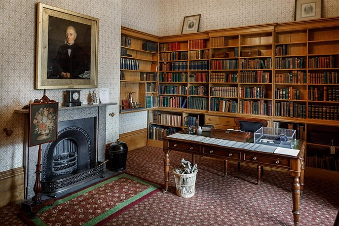 William Gaskell's Study*