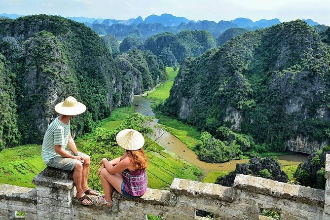 Hoa Lu Trang An Mua Cave Small Group & Deluxe - Biking, Buffet Lunch, Hiking