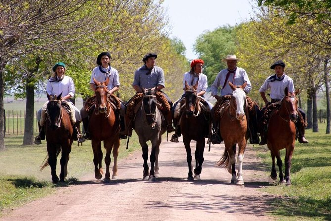 Private ARGENTINA GAUCHO RANCH TOUR, FULL DAY TRIP with English DRIVER&GUIDANCE