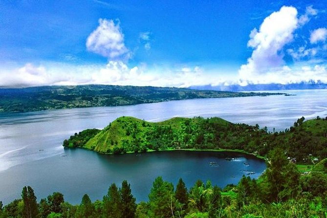Private Tour : 6 Days Amazing Lake Toba and Bukit Lawang Adventure Tour