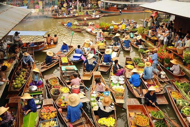 Private Tour : Damnoen Saduak Floating Market Tour with Driver