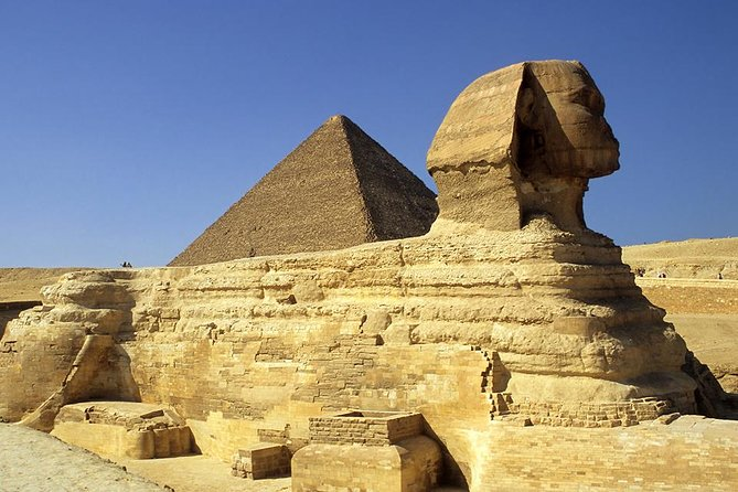 Tour to The Egyptian Museum and Giza Pyramids