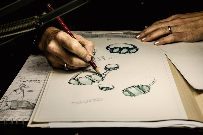 Florenz: Entdecken Sie faszinierende Kunst Schmuck
