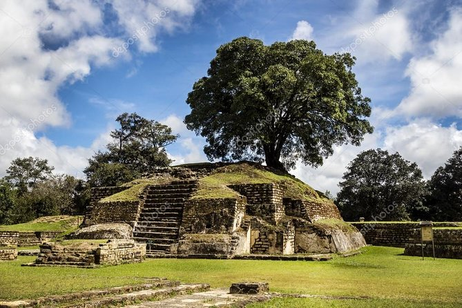 Mayan City Tour Iximcheé - Full Day (Private - Collective)