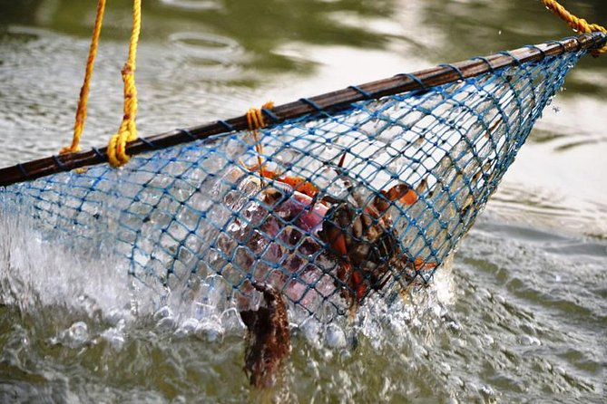 Crab Fishing in Goa - Catch and Prepare your Dinner the Goan Way