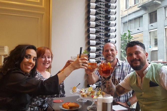 Aperitif Wine & Dine. Turin's Evening Out Tour