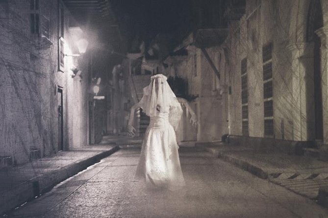 Discover the Ghost of Downtown Sensorial Audiowalk experience